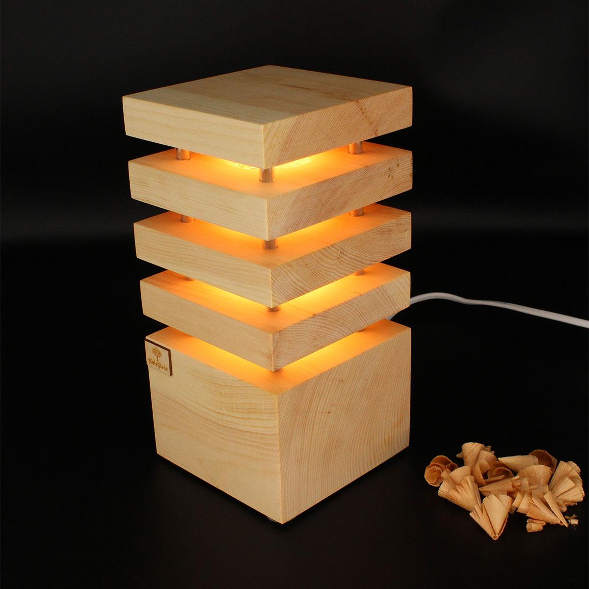 Zirben-Nachttischlampe-3